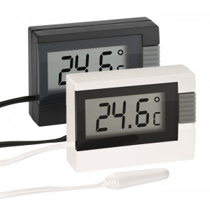 Дигитален термометър за вътрешна и външна температура - 30.2018.01 на най-добра цена